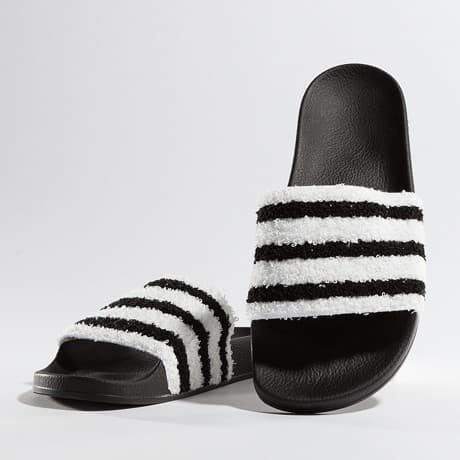Adidas Sandaalit Musta