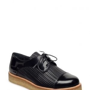 Angulus Lac-Up Shoe With Pleateau Sole