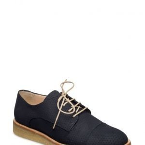 Angulus Lace-Up Shoe W. Cut-Out Pattern