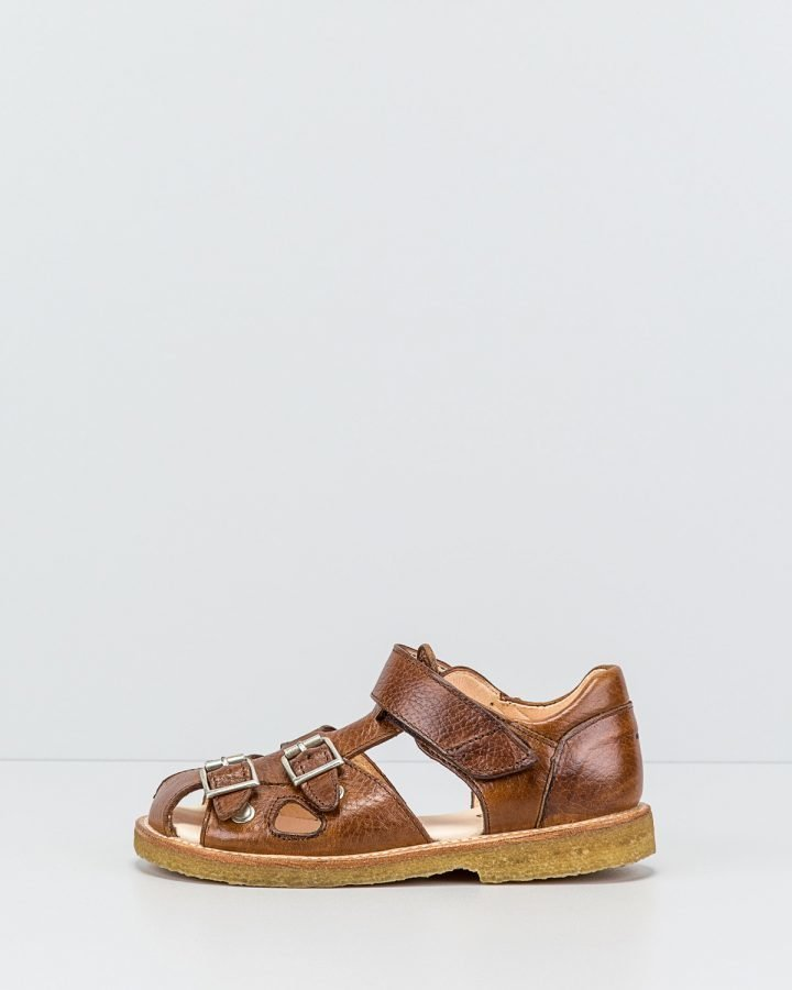 Angulus sandaalit