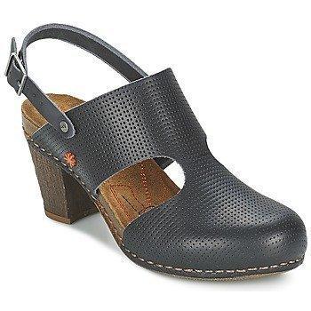 Art I MEET 147 sandaalit