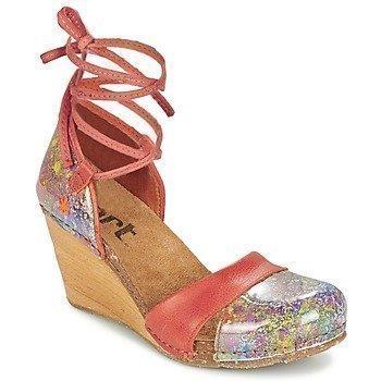 Art VALBY 499 sandaalit