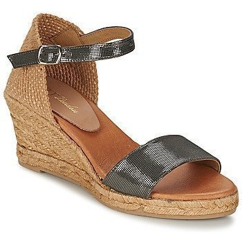 Betty London AILEN sandaalit