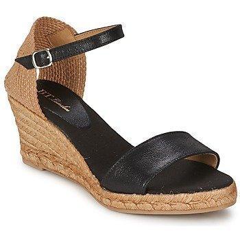 Betty London ANTE sandaalit