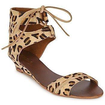 Betty London BEIGA sandaalit