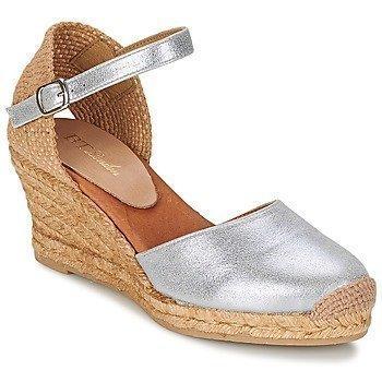 Betty London CASSIA sandaalit