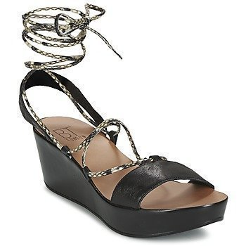 Betty London EDOUVANE sandaalit