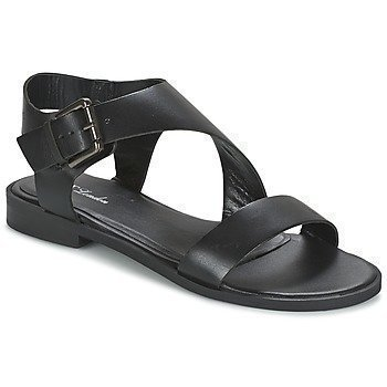 Betty London EMALIA sandaalit
