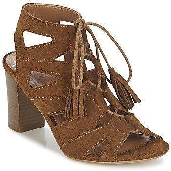 Betty London EVENE sandaalit