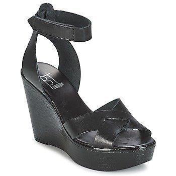 Betty London EXIBOLE sandaalit