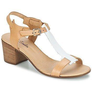 Betty London GANTOMI sandaalit