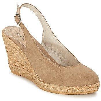 Betty London TECHNO sandaalit