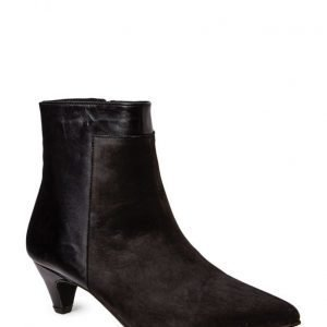 Bianco Boot W/Kitten Heel Jja15