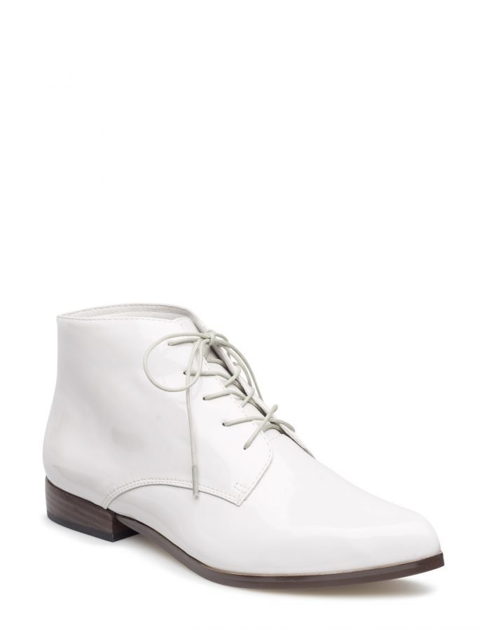 Bianco Pointy Laced Up Djf16