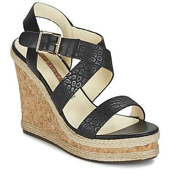 Buffalo BACCO sandaalit