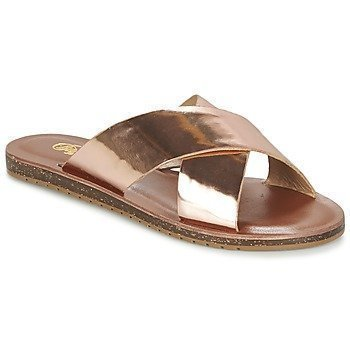 Buffalo SPEKIO sandaalit