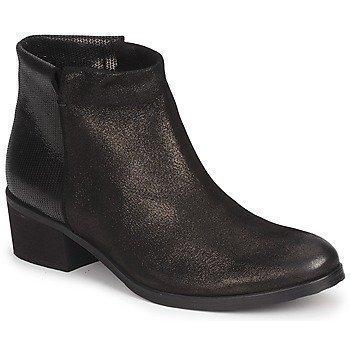 Carma Shoes - bootsit