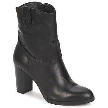 Carma Shoes - nilkkurit