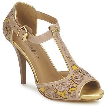 Carmen Steffens ARCI sandaalit