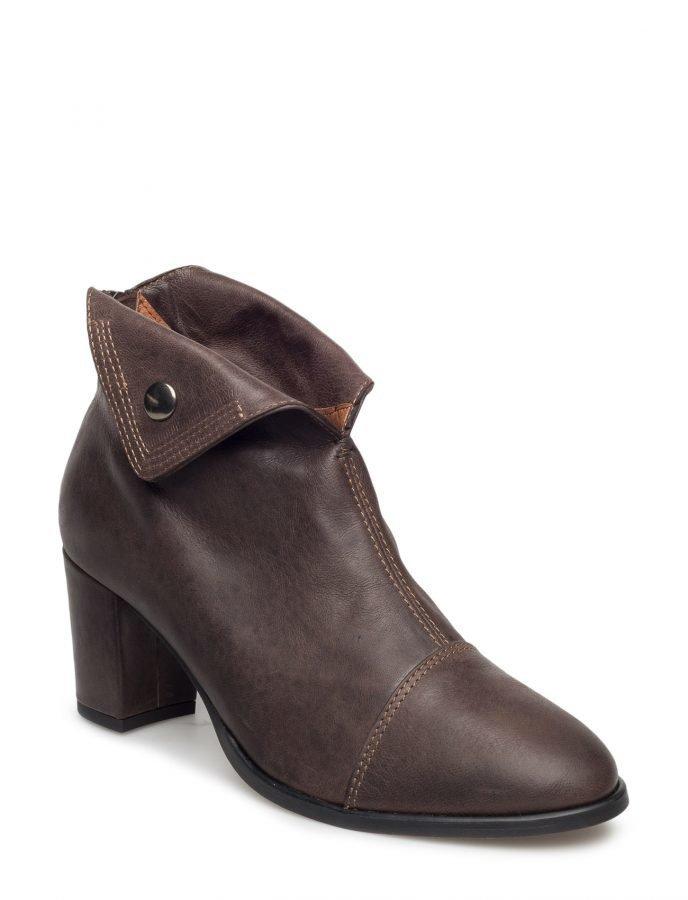 Cream Crista Boot