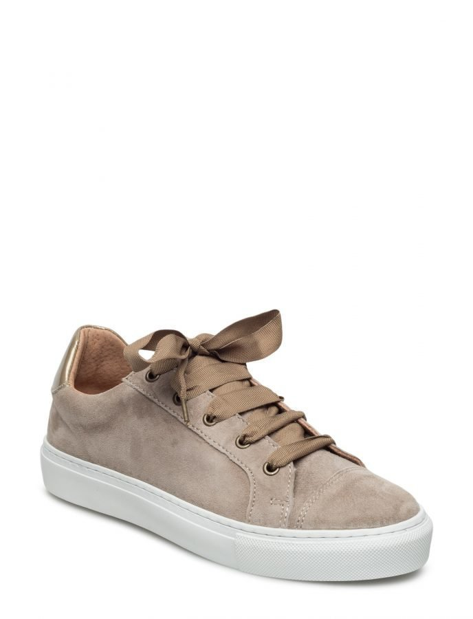 Cream Puk Sneakers