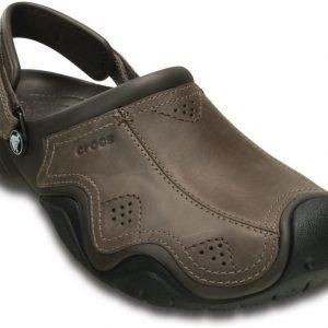 Crocs Sandaalit Miehille Ruskea Swiftwater Leather