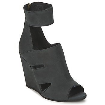 Dkode THETIS sandaalit