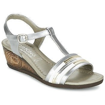 Dorking YARA sandaalit