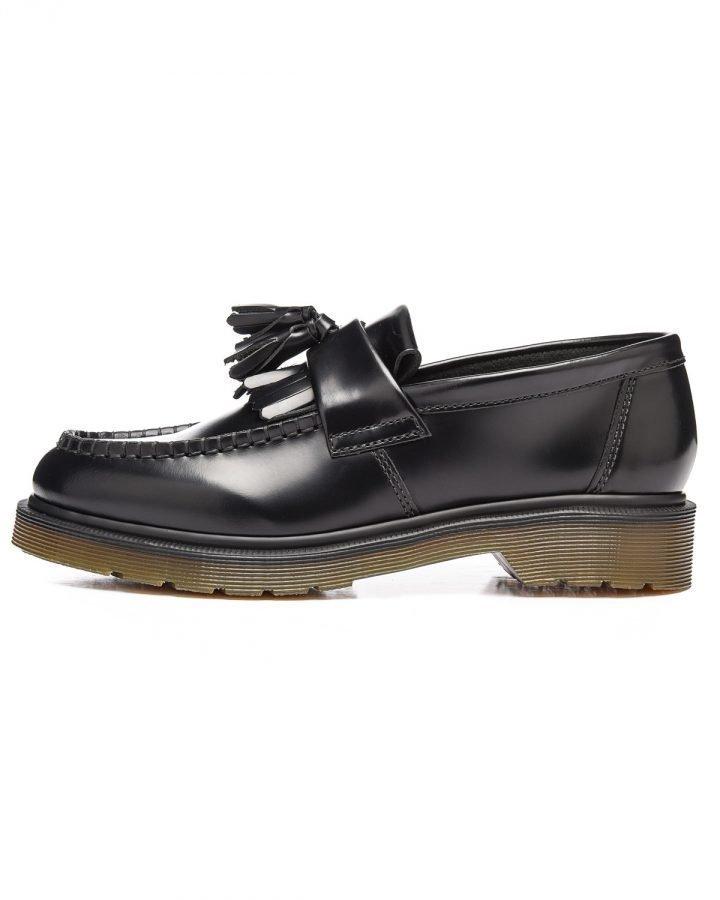 Dr. Martens Adrian kengät