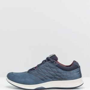 ECCO sneakerit