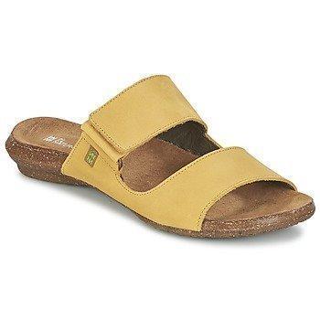 El Naturalista WAKATAUA sandaalit
