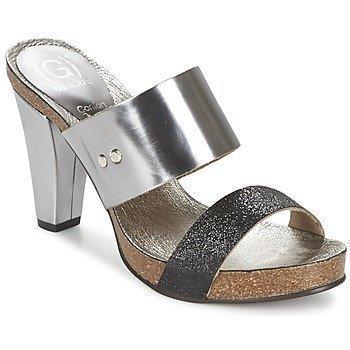Ganadora EMA sandaalit