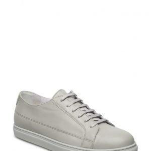 Hope Bill Sneaker