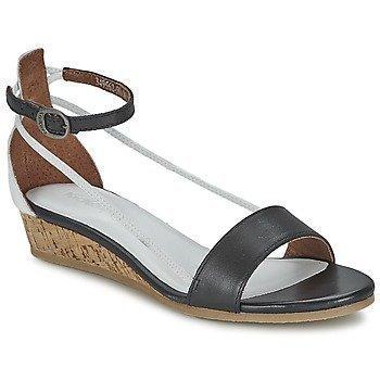 Kickers COCOLA sandaalit