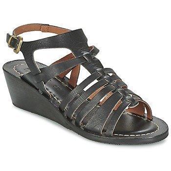 Kickers FASTA sandaalit