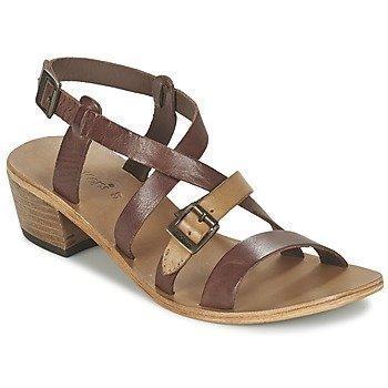 Kickers KHÔLA sandaalit