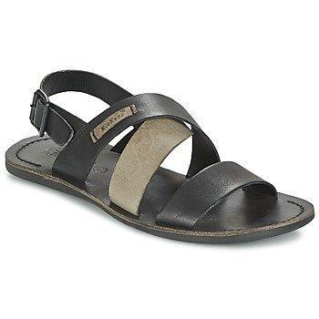 Kickers MARVEUS sandaalit