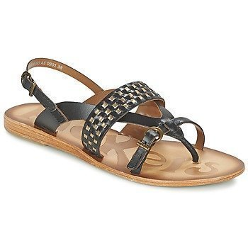 Kickers NEWTONG sandaalit