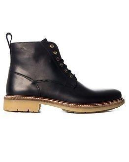 Makia Avenue Boot Black