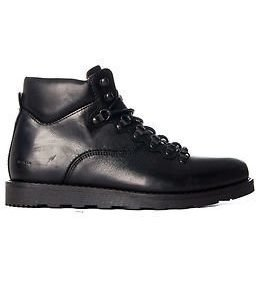 Makia Trail Boot Black