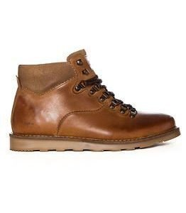 Makia Trail Boot Brown