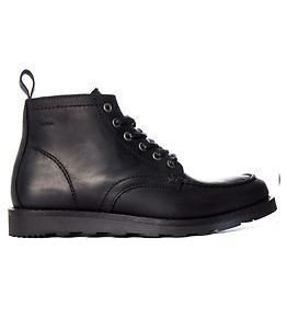 Makia Yard Boot Black