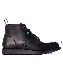 Makia Yard Boot Black