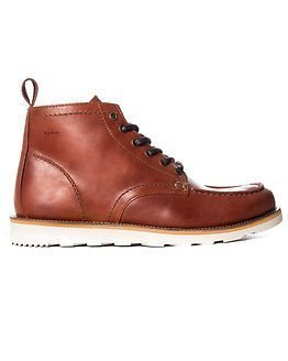 Makia Yard Boot Cognac