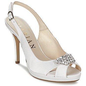 Marian KISCA sandaalit