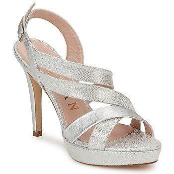Marian MIGALU sandaalit