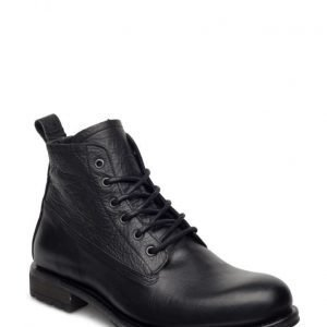 Matinique Laced Boot