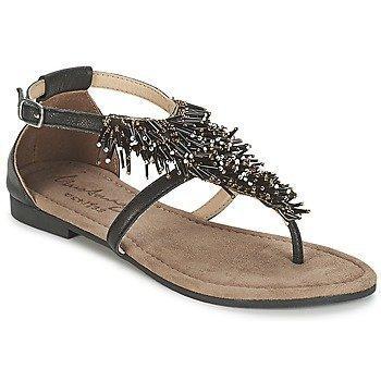 Mustang MIYAKO sandaalit