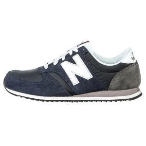 New Balance 420 sneakerit