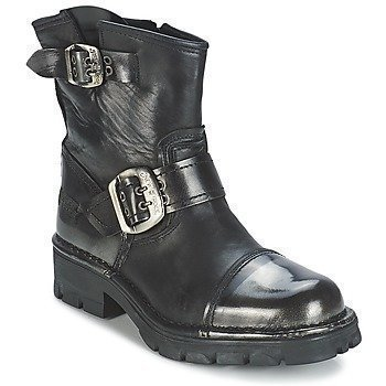 New Rock CAMMOLA bootsit